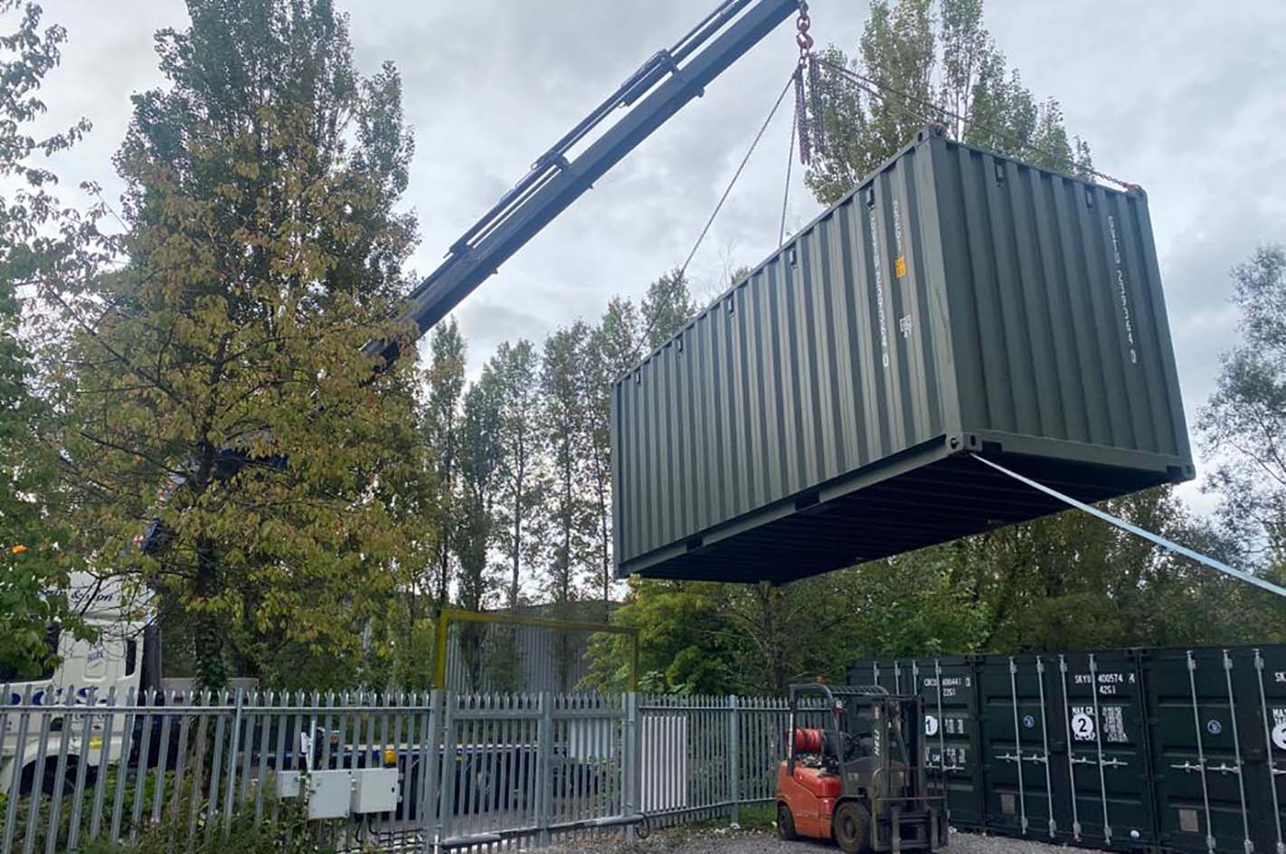shipping containers for sale and hire uk