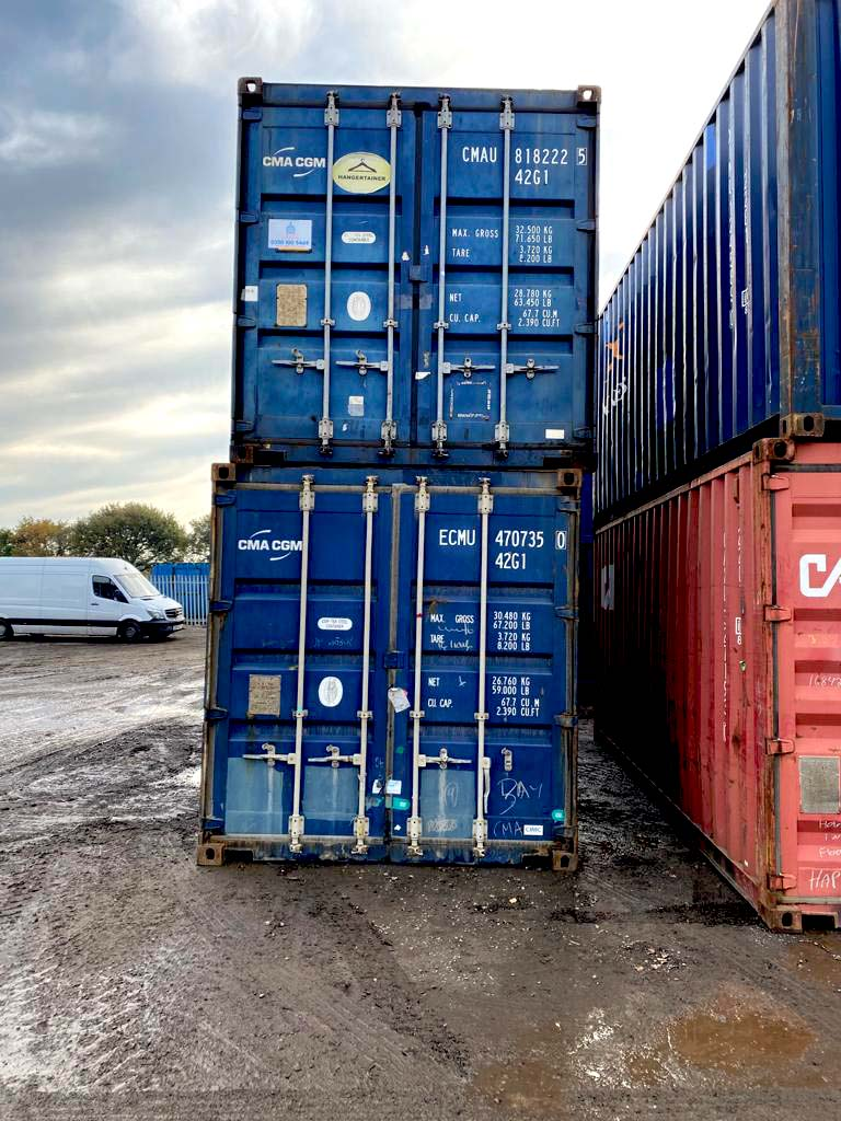 40ft Used Containers for Sale Aberdeen stack in Scotland