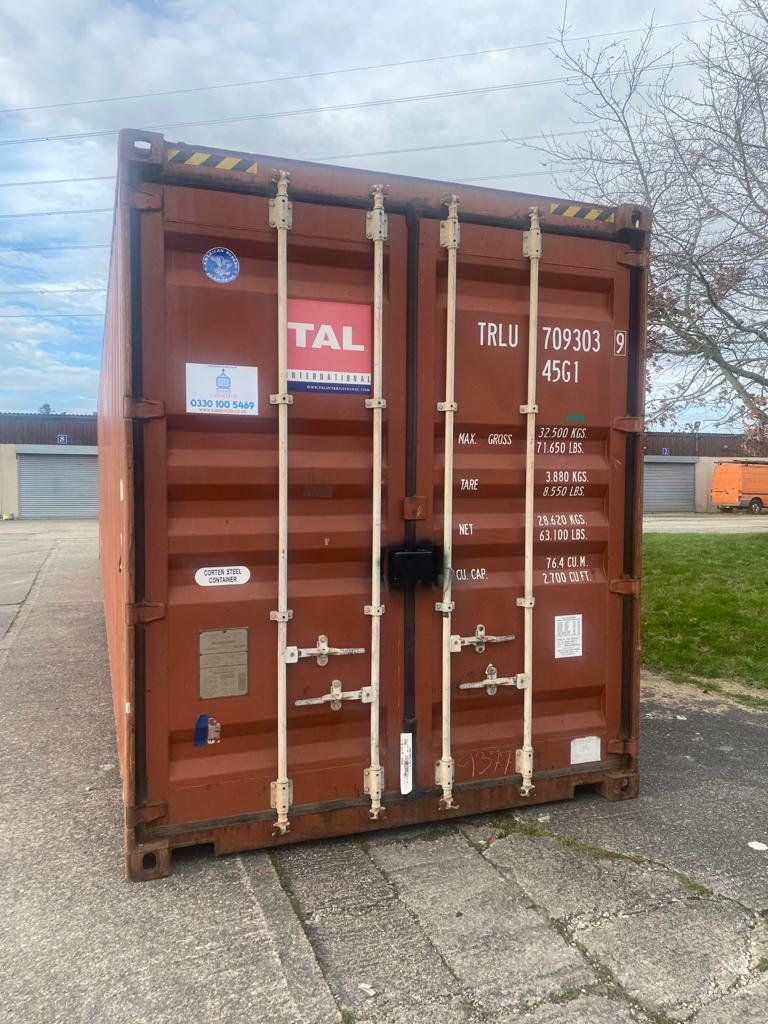 40ft Used High Cube Containers for sale in brown doors