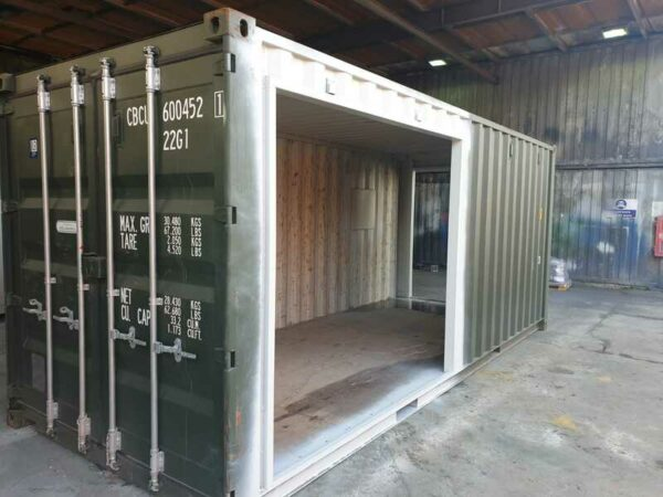 20ft converted container coffee shop bristol